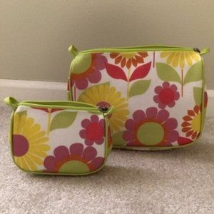 NWOT Set of 2 daisy bags